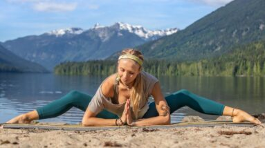 20 Min Yoga & Daily Deep Stretch | Mother Earth Grounding Class For Personal 'Great Reset'
